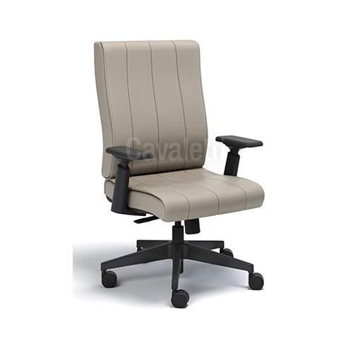 Cadeira Giratória Diretor C/B PG2050203 Essence Cavaletti